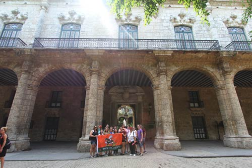 The University of Miami Hillel student group outside of the Palacio de los Capitanes Generales, Casa de Gobierno, along the Plaza de Armas in Old Havana, Cuba, in March 2017 for an Alternative Spring Break trip.